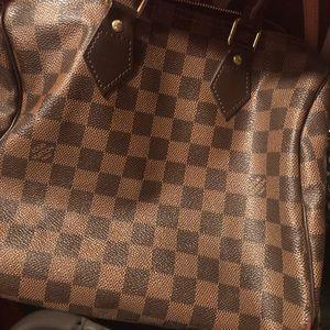 Authentic Louis Vuitton speedy B 25